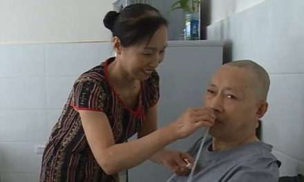 Chinese Man Awakens From 5-Year-Long Coma After His Wife Cared for Him Day and Night