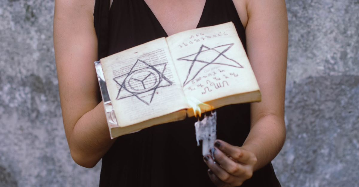 Thousands of Witches Plan to Cast 'Binding' Spell on Trump