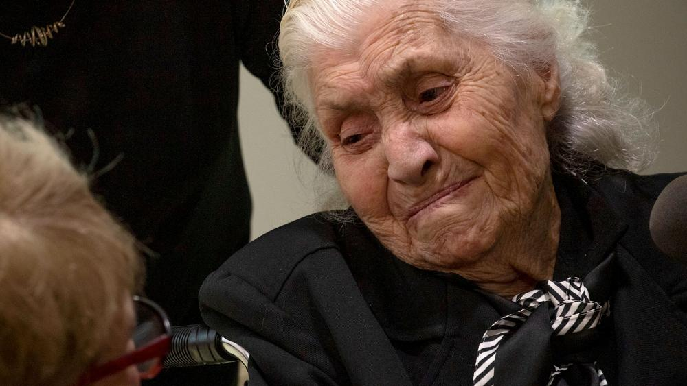 'Now I Can Die Quietly': 92-Year-Old WWII Rescuer Meets the Jews She Saved During the Holocaust