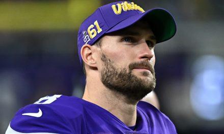 Kirk Cousins NFL Quarterback Encourages Thousands to Read the Bible