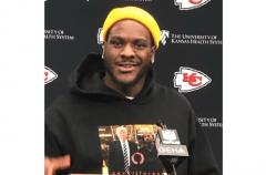 KC Chiefs' Frank Clark Wears Trump Sweater to Super Bowl Press Conference