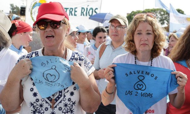 Thousands of Pro-Life People in Argentina Rally Against Legislation to Legalize Abortion