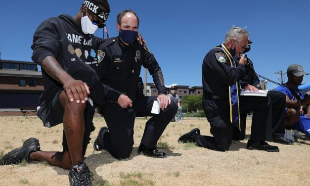 Arizona Chief of Police in Flagstaff Kneels before Black Lives Matter