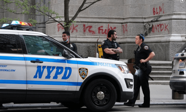 District Attorney Won't Charge Rioters Who Vandalized St. Patrick's Cathedral