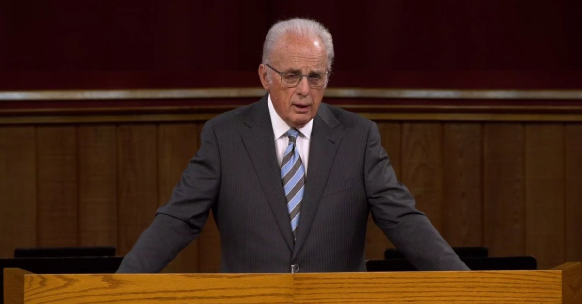 John MacArthur Says He'll Start a 'Jail Ministry' if Arrested for Worshiping Indoors