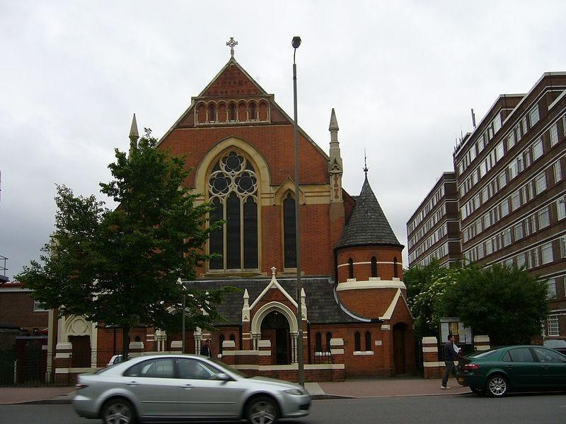 Shocking Video of Bestial Behavior by Police in London at Easter Church Service and Threatening Worshippers with Fines for Breaking COVID-19 Mandates