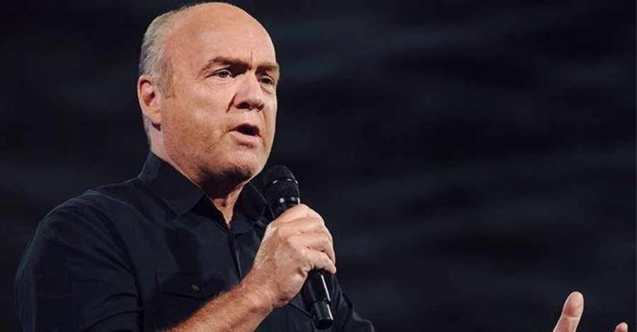 COVID-19 Vaccine Is Not the Mark of the Beast, Greg Laurie Says: 'There Can't Be a Mark without an Antichrist'