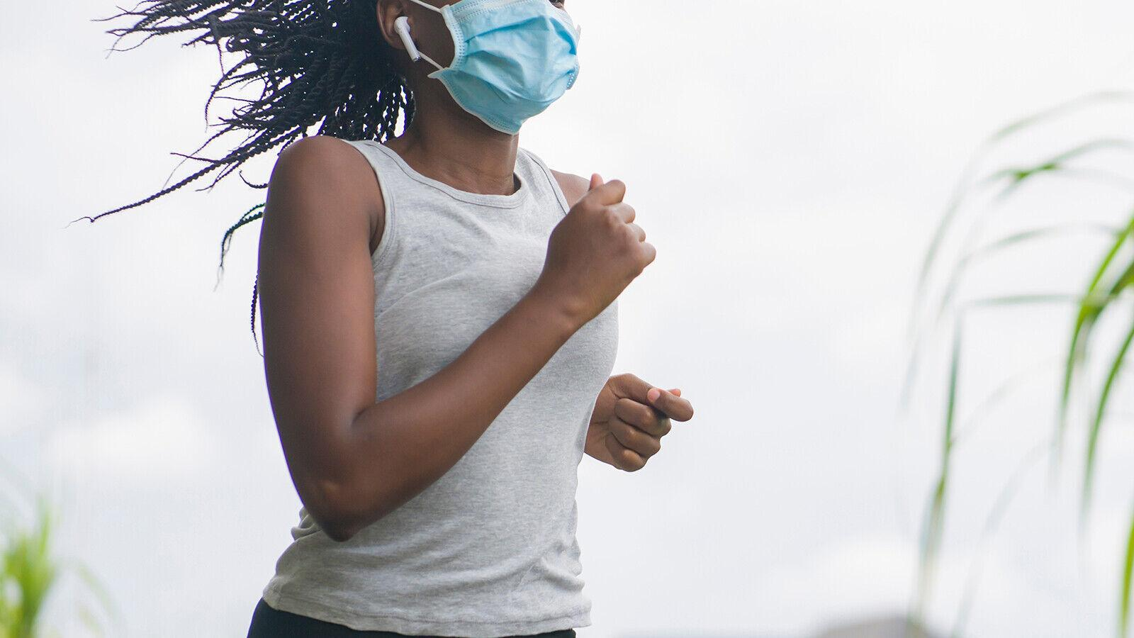 CDC issues new outdoor mask guidance for fully vaccinated people